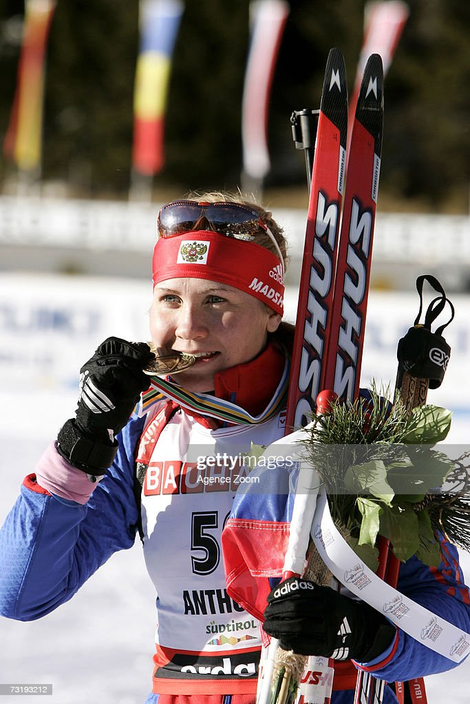 Natalia Guseva of Russia celebrates taking third place after the IBU Biathlon World Championships Biathlon Ladies Sprint 7.5km event on February 3, 2007 in Antholz, Italy.