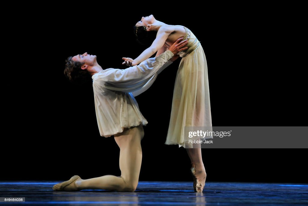 Royal Ballet Performance Opens New Hull Theatre