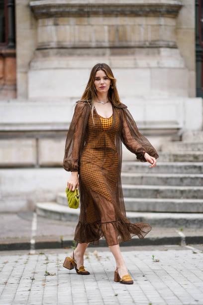 FRA: Natalia Verza : Fashion Photo Session In Paris