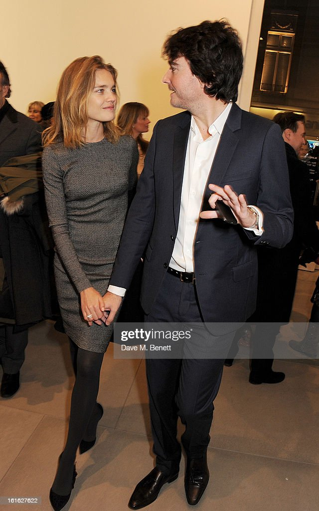 <a gi-track='captionPersonalityLinkClicked' href=/galleries/search?phrase=Natalia+Vodianova&family=editorial&specificpeople=203265 ng-click='$event.stopPropagation()'>Natalia Vodianova</a> (L) and <a gi-track='captionPersonalityLinkClicked' href=/galleries/search?phrase=Antoine+Arnault&family=editorial&specificpeople=676045 ng-click='$event.stopPropagation()'>Antoine Arnault</a> attend a private view of 'Mat Collishaw: This Is Not An Exit' at Blaine/Southern Gallery on February 13, 2013 in London, England.