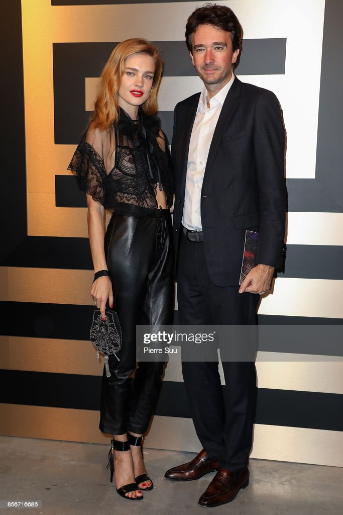 natalia-vodianova-and-antoine-arnault-attend-the-shiatzy-chen-show-as-picture-id856716686