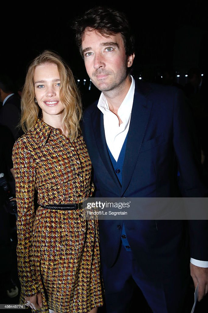 <a gi-track='captionPersonalityLinkClicked' href=/galleries/search?phrase=Natalia+Vodianova&family=editorial&specificpeople=203265 ng-click='$event.stopPropagation()'>Natalia Vodianova</a> and General manager of Berluti <a gi-track='captionPersonalityLinkClicked' href=/galleries/search?phrase=Antoine+Arnault&family=editorial&specificpeople=676045 ng-click='$event.stopPropagation()'>Antoine Arnault</a> attend the Louis Vuitton show as part of the Paris Fashion Week Womenswear Spring/Summer 2015 on October 1, 2014 in Paris, France.