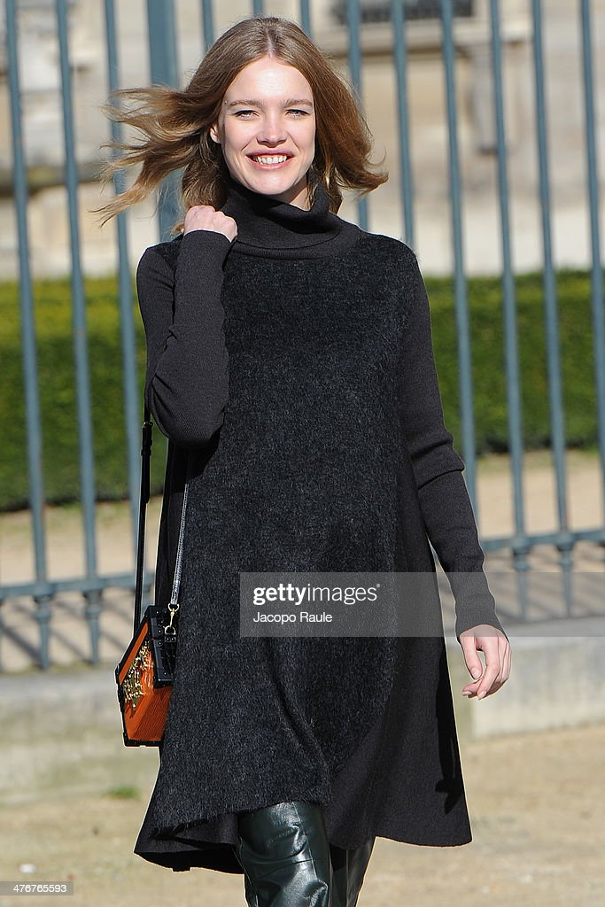<a gi-track='captionPersonalityLinkClicked' href=/galleries/search?phrase=Natalia+Vodianova&family=editorial&specificpeople=203265 ng-click='$event.stopPropagation()'>Natalia Vodianova</a> arrives at the Louis Vuitton show as part of the Paris Fashion Week Womenswear Fall/Winter 2014-2015 on March 5, 2014 in Paris, France.