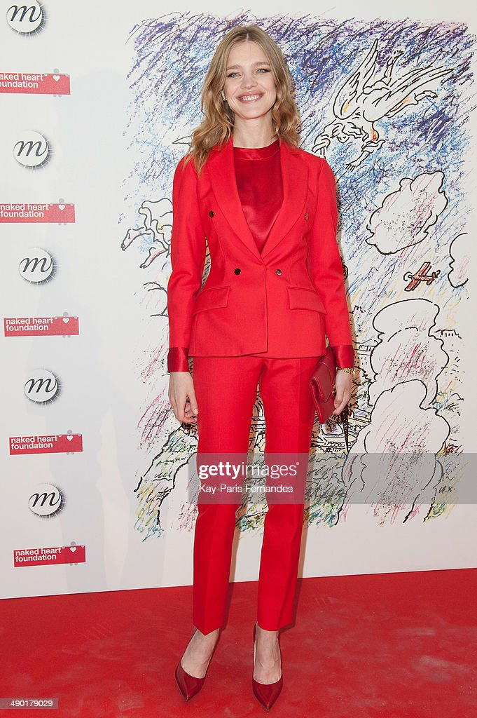 <a gi-track='captionPersonalityLinkClicked' href=/galleries/search?phrase=Natalia+Vodianova&family=editorial&specificpeople=203265 ng-click='$event.stopPropagation()'>Natalia Vodianova</a> attends the official opening party of the Ilya And Emilia Kabakov Artwork Monumenta 2014 at the Grand Palais on May 13, 2014 in Paris, France.