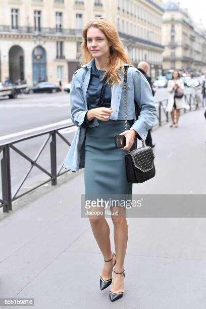 Natalia Vodianova is seen arriving at Balmain fashion show during the Paris Fashion Week Womenswear Spring/Summer 2018 on September 28 2017 in Paris...