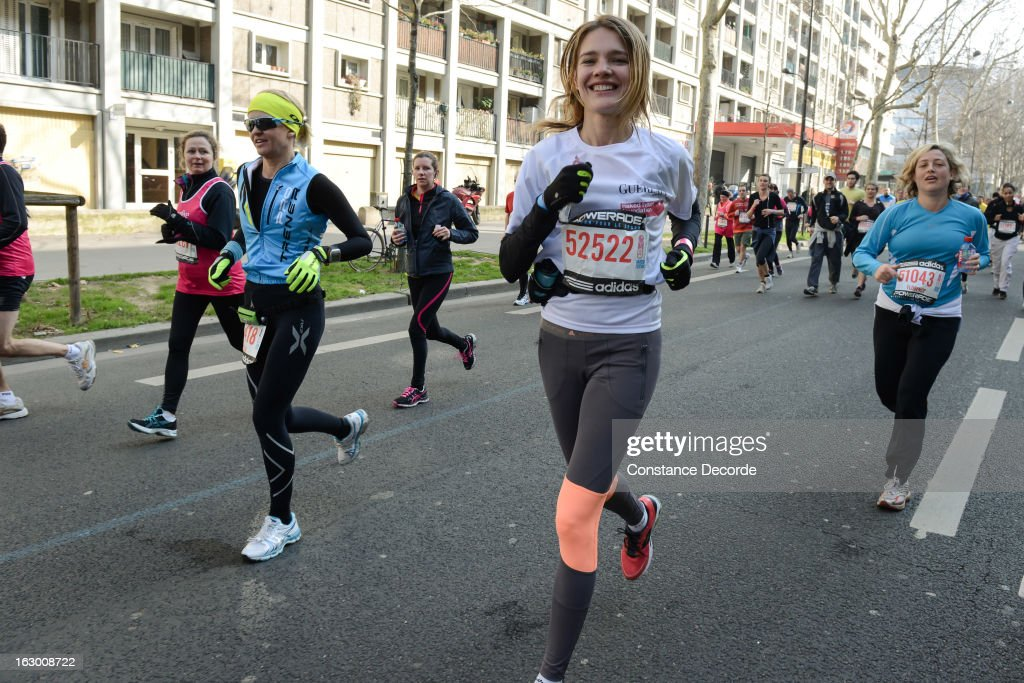 <a gi-track='captionPersonalityLinkClicked' href=/galleries/search?phrase=Natalia+Vodianova&family=editorial&specificpeople=203265 ng-click='$event.stopPropagation()'>Natalia Vodianova</a> runs for 'Naked Heart Foundation' in the Paris Semi-Marathon 2013 on March 3, 2013 in Paris, France.