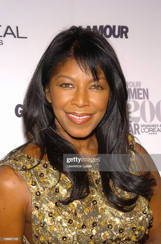 Natalie Cole during Glamour Magazine Salutes The 2004 Women of the Year - Arrivals at American - natalie-cole-during-glamour-magazine-salutes-the-2004-women-of-the-picture-id109957145