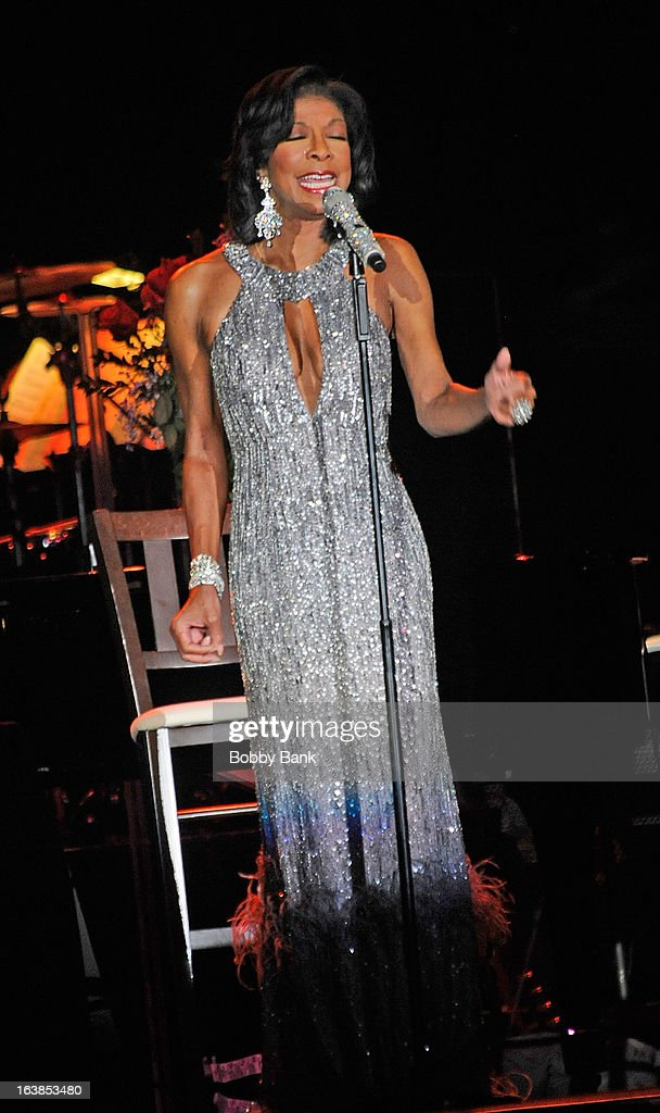 Natalie Cole performs at the Trump Taj Mahal on March 16, 2013 in Atlantic City, New Jersey.