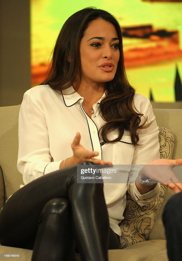 <a gi-track='captionPersonalityLinkClicked' href=/galleries/search?phrase=Natalie+Martinez&family=editorial&specificpeople=653882 ng-click='$event.stopPropagation()'>Natalie Martinez</a> on The Set Of Despierta America to promote new film 'Broken City' at Univision Headquarters on January 10, 2013 in Miami, Florida.
