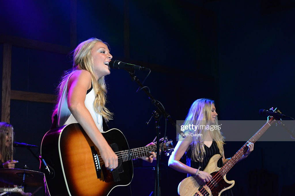 Natalie Morris and Hannah Morris of the band Southern Halo Dp showcase at 12th & Porter on May 24, 2016 in Nashville, Tennessee.