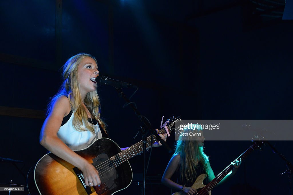 Natalie Morris and Hannah Morrris of the band Southern Halo do a showcase at 12th & Porter on May 24, 2016 in Nashville, Tennessee.