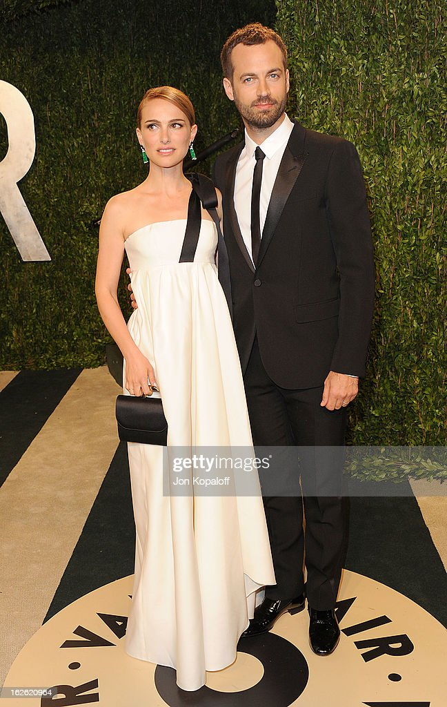 Natalie Portman and Benjamin Millepied attend the 2013 Vanity Fair Oscar party at Sunset Tower on February 24, 2013 in West Hollywood, California.