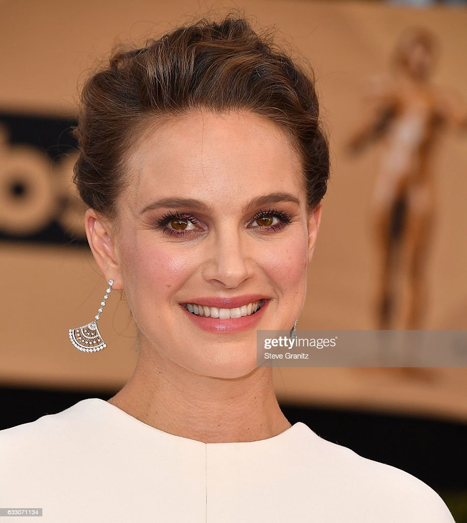 Natalie Portman arrives at the 23rd Annual Screen Actors Guild Awards at The Shrine Expo Hall on January 29, 2017 in Los Angeles, California.