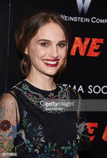 Natalie Portman arrives at the the New York premiere of 'Jane Got A Gun' at The Museum of Modern Art on January 27 2016 in New York City