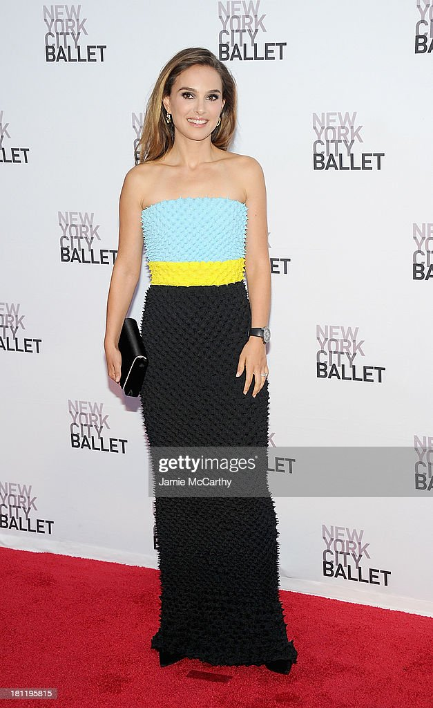 <a gi-track='captionPersonalityLinkClicked' href=/galleries/search?phrase=Natalie+Portman&family=editorial&specificpeople=202035 ng-click='$event.stopPropagation()'>Natalie Portman</a> attends New York City Ballet 2013 Fall Gala at David H. Koch Theater, Lincoln Center on September 19, 2013 in New York City.