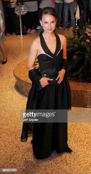 Natalie Portman attends the 2009 White House Correspondents' Association Dinner at the Washington Hilton on May 9 2009 in Washington DC