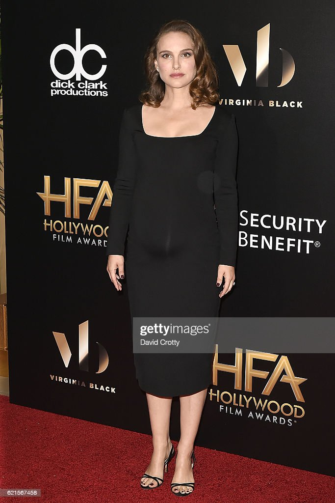 natalie-portman-attends-the-20th-annual-hollywood-film-awards-at-the-picture-id621567458