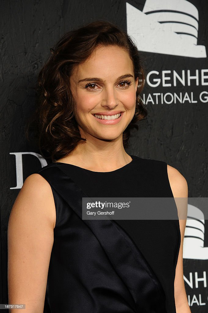 <a gi-track='captionPersonalityLinkClicked' href=/galleries/search?phrase=Natalie+Portman&family=editorial&specificpeople=202035 ng-click='$event.stopPropagation()'>Natalie Portman</a> attends the Guggenheim International Gala, made possible by Dior, at the Guggenheim Museum on November 7, 2013 in New York City.