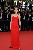 Natalie Portman attends the opening ceremony and premiere of 'La Tete Haute' during the 68th annual Cannes Film Festival on May 13 2015 in Cannes...