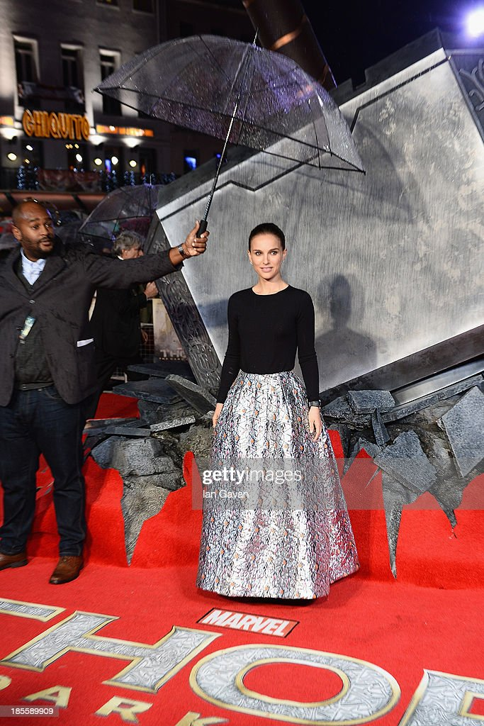 <a gi-track='captionPersonalityLinkClicked' href=/galleries/search?phrase=Natalie+Portman&family=editorial&specificpeople=202035 ng-click='$event.stopPropagation()'>Natalie Portman</a> attends the World Premiere of 'Thor: The Dark World' at Odeon Leicester Square on October 22, 2013 in London, England.