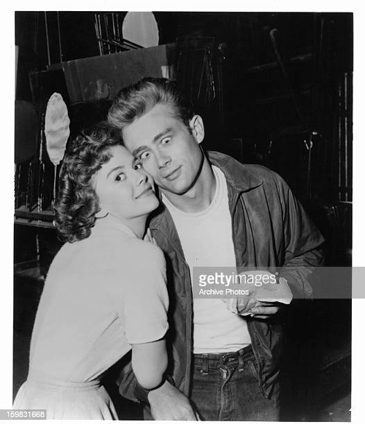 Natalie Wood and James Dean goofing off on set of the film 'Rebel Without A Cause' 1955