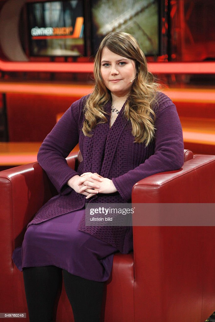 <a gi-track='captionPersonalityLinkClicked' href=/galleries/search?phrase=Natascha+Kampusch&family=editorial&specificpeople=2432790 ng-click='$event.stopPropagation()'>Natascha Kampusch</a> in der Talk-Show 'GÜNTHER-JAUCH' in Berlin