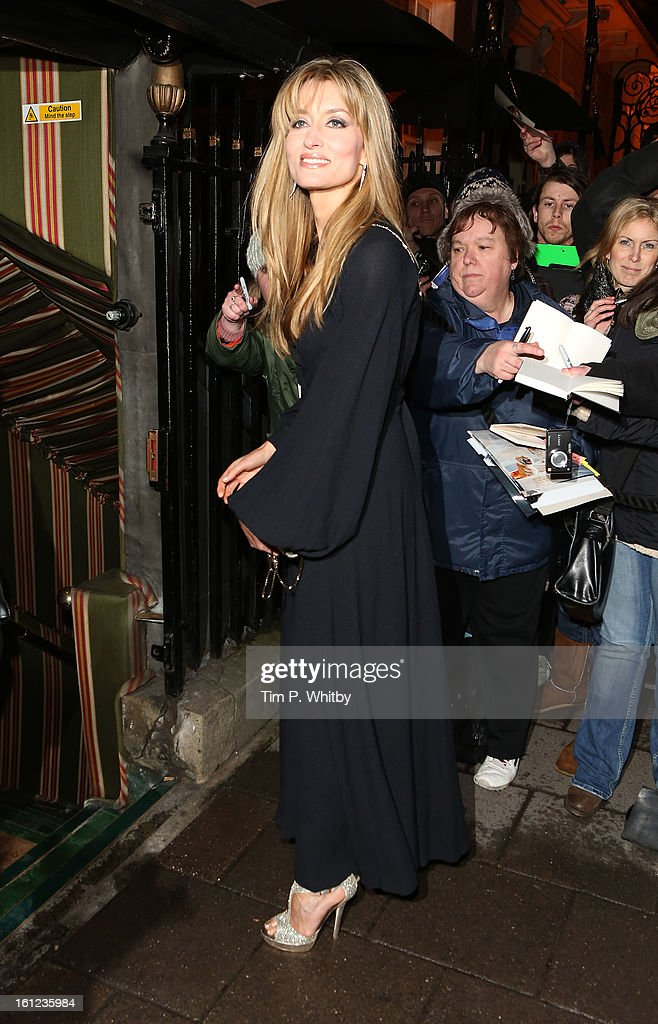 <a gi-track='captionPersonalityLinkClicked' href=/galleries/search?phrase=Natascha+McElhone&family=editorial&specificpeople=204753 ng-click='$event.stopPropagation()'>Natascha McElhone</a> attends the Charles Finch and Chanel pre-BAFTA dinner at Annabels on February 9, 2013 in London, England.