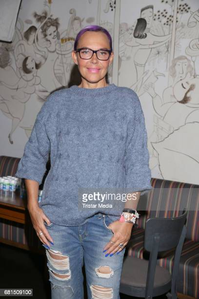 Natascha Ochsenknecht during the 'Spende ein Laecheln' vernissage in favor of the SOS Children's Villages at Bullerei on May 10 2017 in Hamburg...