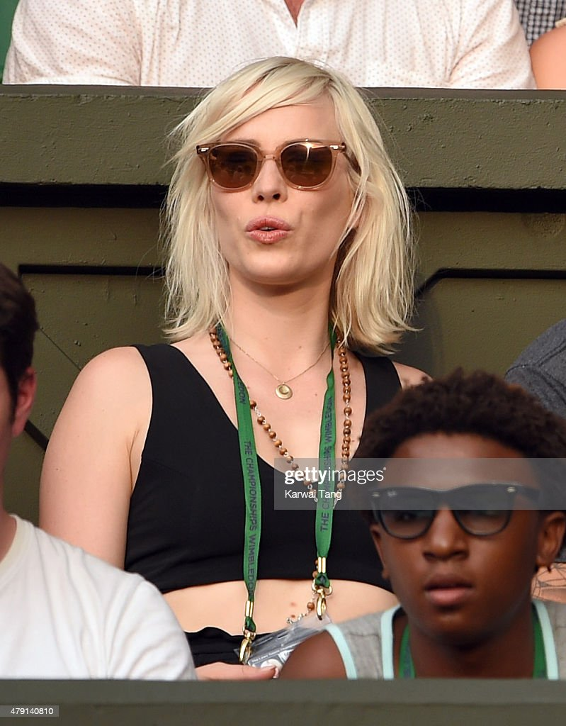 Celebrities travel just cute 2016 in focus boards sign in register - Natasha Bedingfield Attends The Serena Williams V Timea Babos Match On Day Three Of The Wimbledon