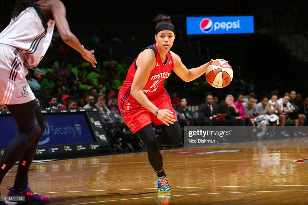Natasha Cloud #15 of the Washington Mystics drives to the basket against the San Antonio Stars on June 29, 2016 at the Verizon Center in Washington, DC.