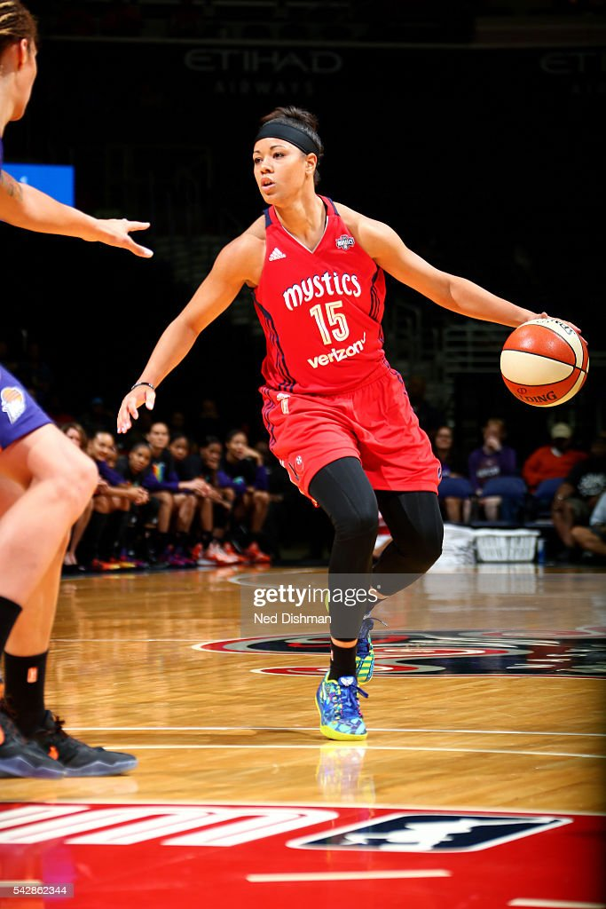 <a gi-track='captionPersonalityLinkClicked' href=/galleries/search?phrase=Natasha+Cloud&family=editorial&specificpeople=7418023 ng-click='$event.stopPropagation()'>Natasha Cloud</a> #15 of the Washington Mystics handles the ball during the game against the Phoenix Mercury during a WNBA game on June 24, 2016 at Verizon Center in Washington, DC.