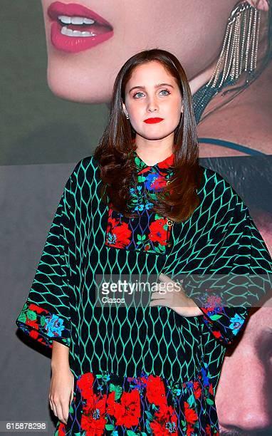 Natasha Dupeyron attends La Vida Inmoral De La Pareja Ideal premiere and red carpet at Teatro Metropolitano on October 19 2016 in Mexico City Mexico