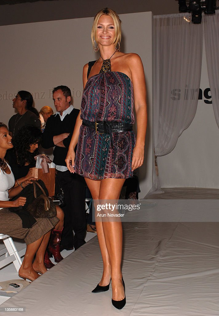 Mercedes-Benz Spring 2006 L.A. Fashion Week at Smashbox Studios - Single -