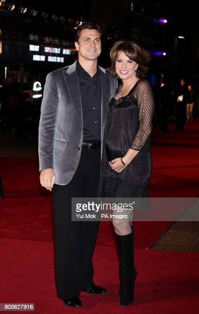 Natasha Kaplinsky and Justin Bower arriving for the world premiere of Nine at the Odeon Leicester Square London