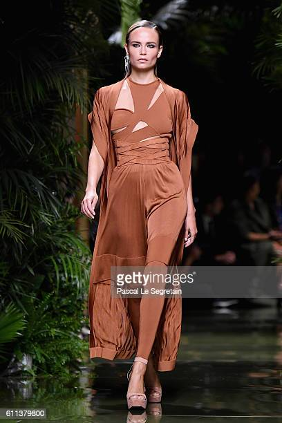 Natasha Poly walks the runway during the Balmain show as part of the Paris Fashion Week Womenswear Spring/Summer 2017 on September 29 2016 in Paris...