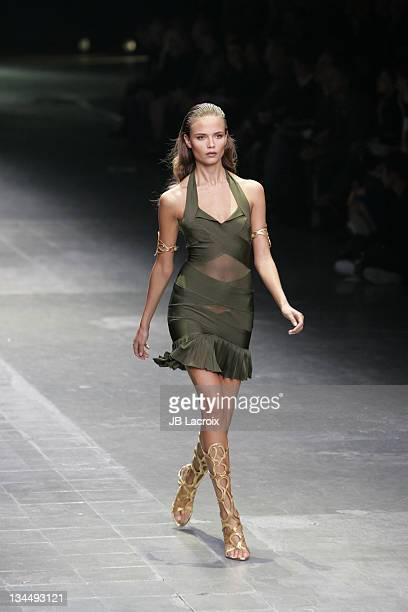 Natasha Poly wearing Alexander McQueen Spring/Summer 2006