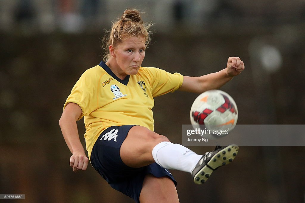 Natasha Prior of the Mariners clears the ball during the NPL 1 NSW Womens match between North Shore Mariners and Illawarra Stingrays at Northbridge Oval on May 1, 2016 in Sydney, Australia.