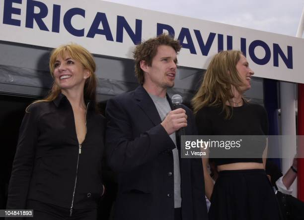 Natasha Richardson Ethan Hawke Uma Thurman during Cannes 2001 American Pavilion Opening at Palais des Festivals in Cannes France