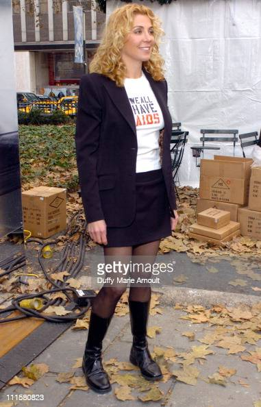 Natasha Richardson The Honorable Mayor Michael Bloomberg Natasha Richardson and Harry Belafonte join Kenneth Cole on World AIDS Day to unveil the 'We...