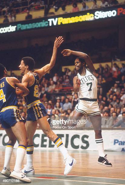 Nate Archibald of the Boston Celtics in action against the Golden State Warriors during an NBA basketball game circa 1979 at the Boston Garden in...