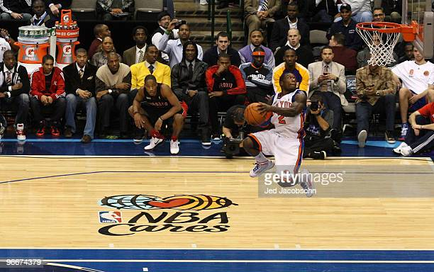 Nate Robinson of the New York Knicks competes in his final dunk of the Sprite Slam Dunk Contest on AllStar Saturday Night part of 2010 NBA AllStar...