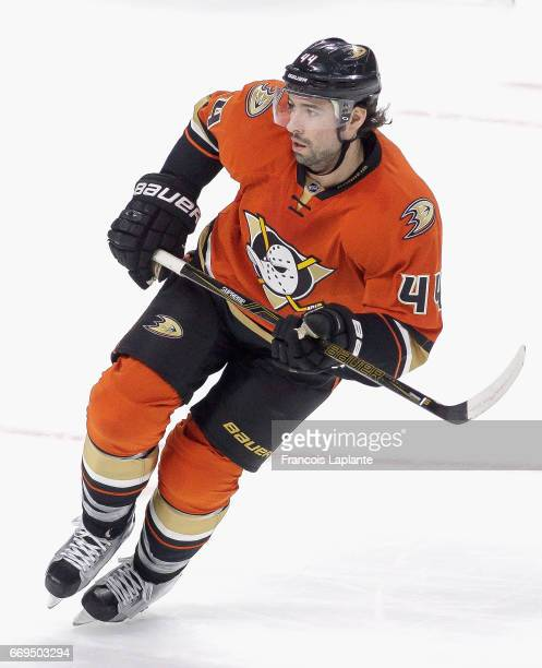 Nate Thompson of the Anaheim Ducks plays in the game against the Ottawa Senators at Canadian Tire Centre on March 26 2016 in Ottawa Ontario Canada