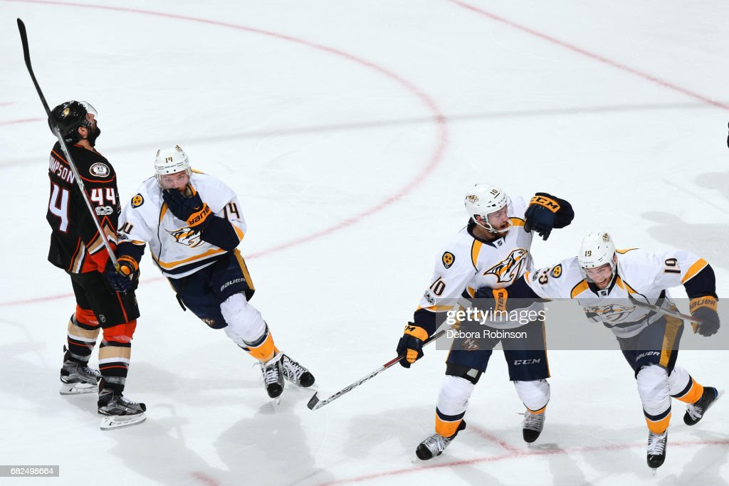 Nashville Predators v Anaheim Ducks - Game One