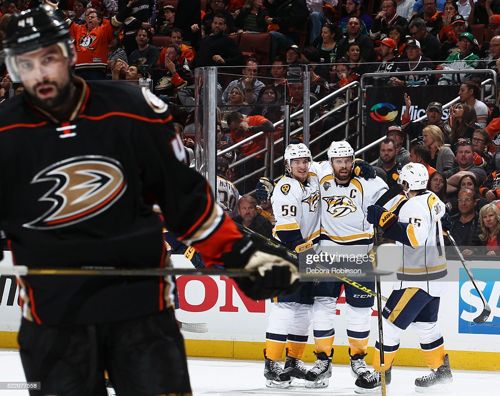 Nate Thompson #44 of the Anaheim Ducks reacts as Shea Weber #6, Roman Josi #59 and Craig Smith #15 of the Nashville Predators celebrate a second period goal during Game Two of the Western Conference Quarterfinals during the 2016 NHL Stanley Cup Playoffs at Honda Center on April 17, 2016 in Anaheim, California.