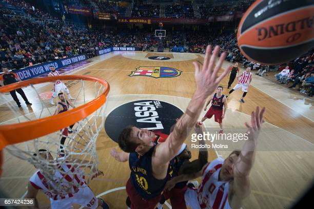Nate Wolters #0 of Crvena Zvezda mts Belgrade competes with Victor Claver #10 of FC Barcelona Lassa during the 2016/2017 Turkish Airlines EuroLeague...