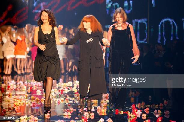 Nathalie Rykiel Sonia Rykiel and a guest walk the runway at the end of the Rikiel fashion show during Paris Fashion Week on October 1 2008 in Paris...