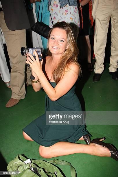 Nathalie Spinell Bei Der Abendgala Zum Bmw Sailing Cup Auf Der 'Ms La Paloma' Auf Dem Wannsee Bei Berlin