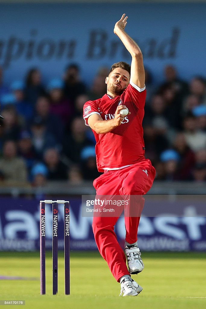 Nathan Buck of Lancashire Lightning bowls during the NatWest T20 Blast match between Yorkshire Vikings and Lancashire Lightning at Headingley on July 1, 2016 in Leeds, England.