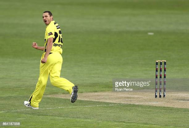 Nathan CoulterNile of the Warriors celebrates after taking the wicket of Callum Ferguson of the Redbacks during the JLT One Day Cup Final match...