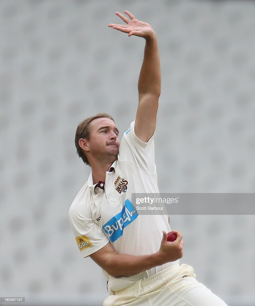 <a gi-track='captionPersonalityLinkClicked' href=/galleries/search?phrase=Nathan+Hauritz&family=editorial&specificpeople=224541 ng-click='$event.stopPropagation()'>Nathan Hauritz</a> of the Bulls bowls during day two of the Sheffield Shield match between the Victorian Bushrangers and Queensland Bulls at Melbourne Cricket Ground on February 19, 2013 in Melbourne, Australia.